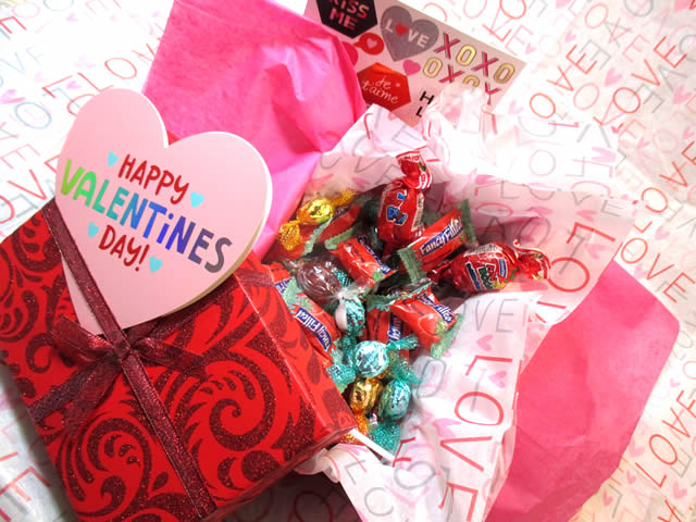 Valentine S Day Candy Gift Box Sweet Gift From Funky Delivery